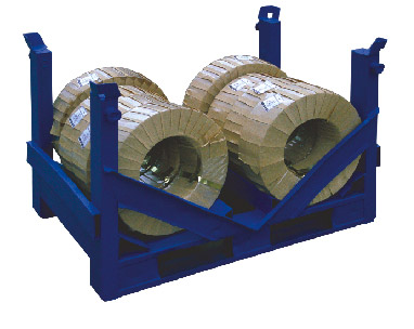 Metal shipping platform - material packaged in paper and PVC